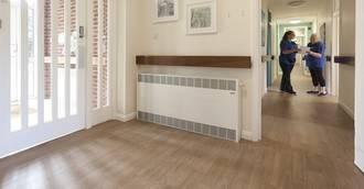 El mayor proveedor de aistencia domiciliaria de Norfolk cuenta con Altro Wood Safety