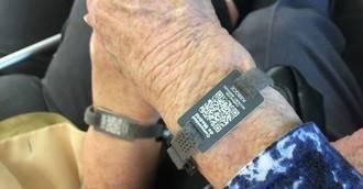 5.000 pulseras de emergencia para personas con alzhéimer de la Comunidad de Madrid