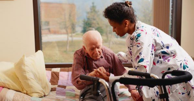 Valladolid incrementa en un 47% el importe de la contratación del servicio de ayuda a domicilio