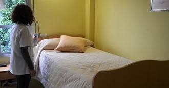 Una mujer deja en herencia 840.000 euros a su residencia, que se lo gasta en camas eléctricas