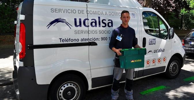 CEOMA y UCALSA renuevan el convenio del servicio de comidas a domicilio