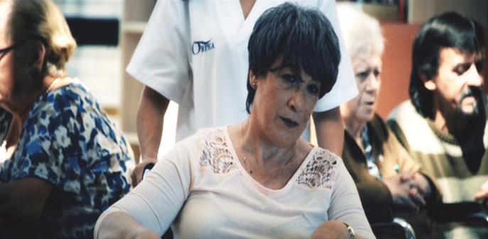 Los cuidadores protagonizan el cortometraje sobre el alzhéimer Querido Extraño