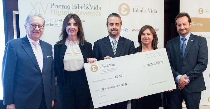 Un proyecto de Esade para fomentar el ahorro entre los 'millennials' gana el XIV Premio Edad&Vida Higinio Raventós
