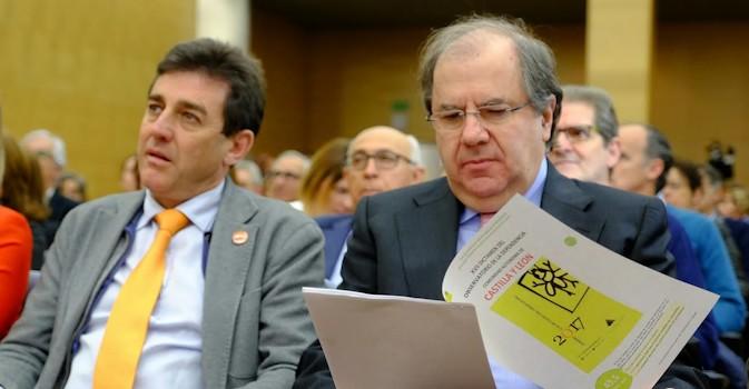 Herrera presume de notas y reclama más financiación para aplicar la ley de Dependencia
