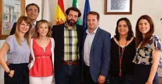 Mairena del Aljarafe renueva el Servicio de Ayuda a Domicilio a Macrosad