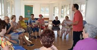 Más de 1.100 mayores participan en talleres de envejecimiento activo en Madrid