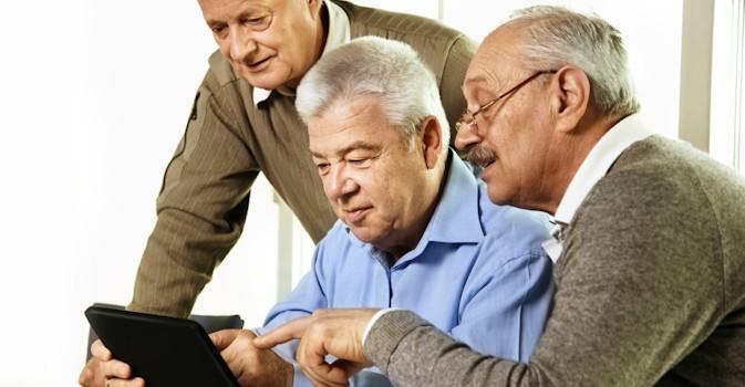 Los mayores sí usan la tablet, ¿se reduce la brecha generacional?