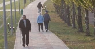 Navarra cuenta con 4.195 personas más con prestaciones o servicios de atención a la dependencia