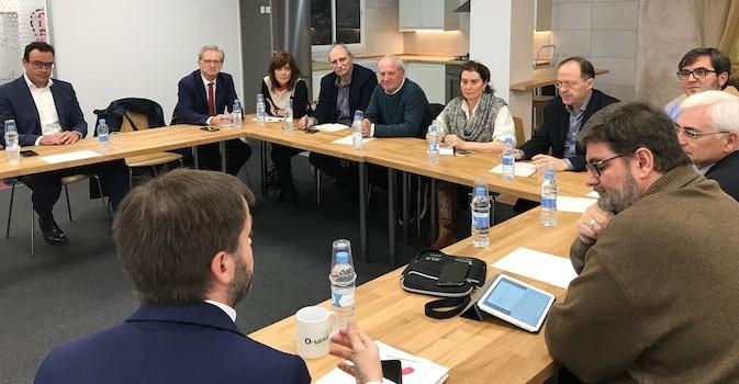 Navarra estudia una teleasistencia de prestaciones sociales y sanitarias