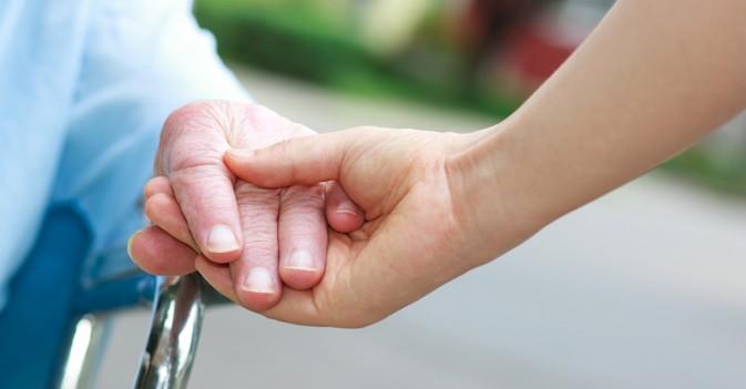 La Universidad de Barcelona presenta un novedoso estudio sobre sexualidad en residencias de personas mayores
