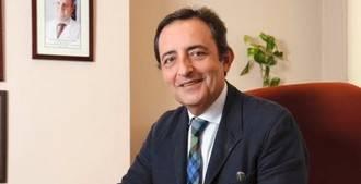 José Antonio López Trigo: 'Tenemos hospitales extraordinarios para operar piernas rotas, pero no son eficaces para atender a personas mayores'