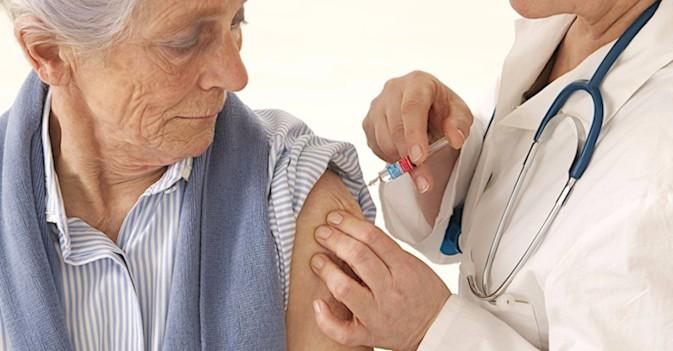 Crece la concienciación de la importancia de las vacunas en las personas mayores